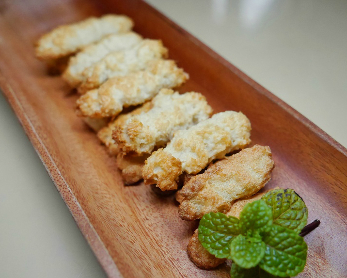 無油、無奶、低糖,四樣材料變出香噴噴手指食物~椰子餅乾