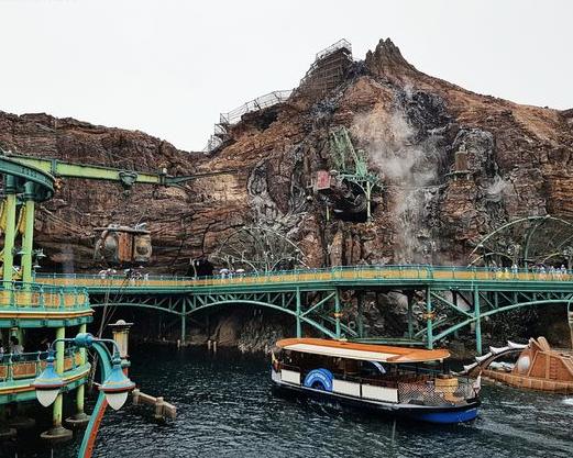 陸上必玩「三座山」,迪士尼海洋最新夢幻奇航~東京迪士尼度假區